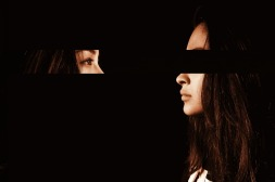 proposta immagine per dialogo nel buio